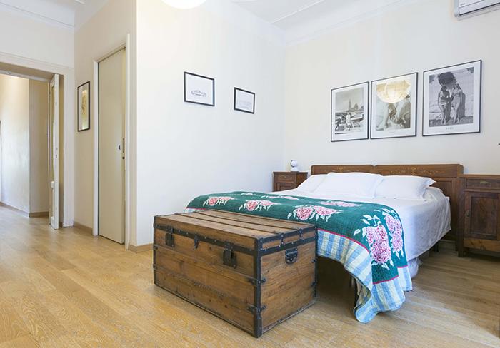 camera-matrimoniale-letto-armadio-magazine-immobiliare-morabito-3.jpg