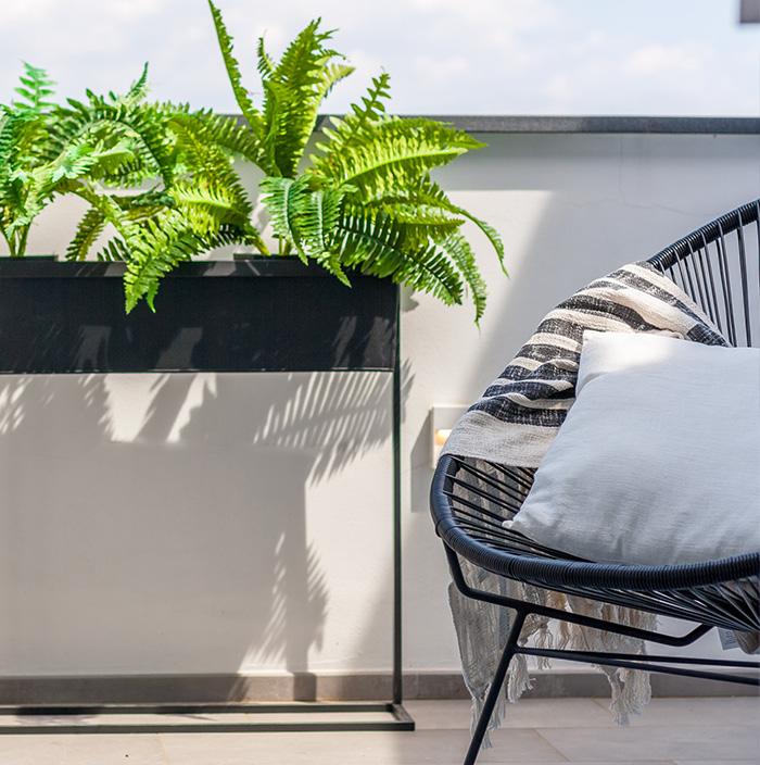 estate-terrazzo-arredare-piante-verde-magazine-immobiliare-notizie-morabito-1.jpg